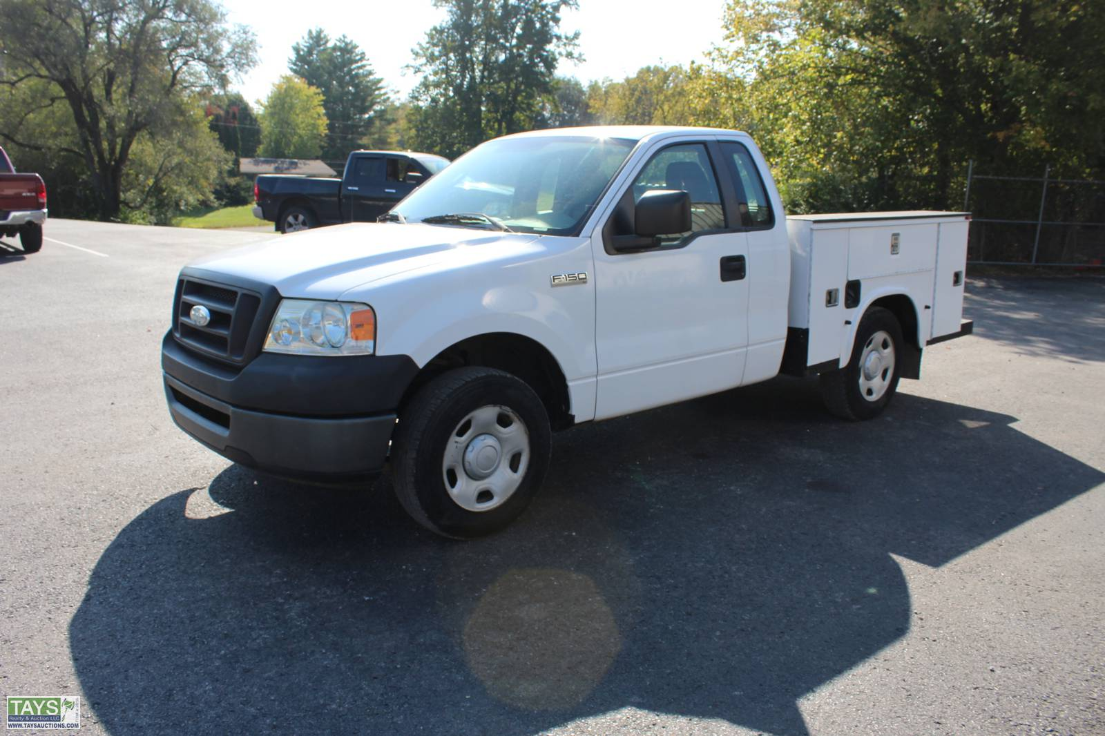ONLINE ABSOLUTE AUCTION: VEHICLES - CONSTRUCTION EQUIPMENT - IMPLEMENTS