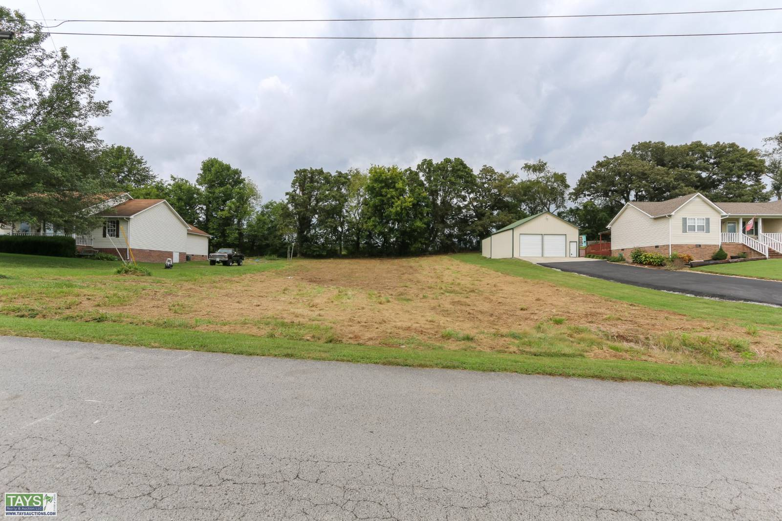 ONLINE ABSOLUTE AUCTION: 0.47 Ac± RESIDENTIAL LOT IN CRYSTAL SPRINGS SUBDIVISION