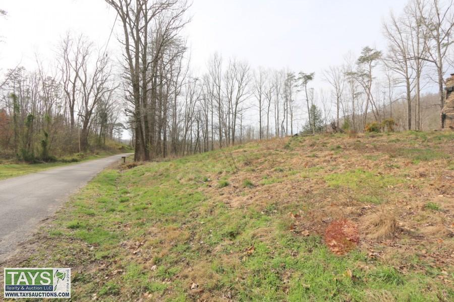 ABSOLUTE ONLINE AUCTION: 853 AC± IN 21 TRACTS