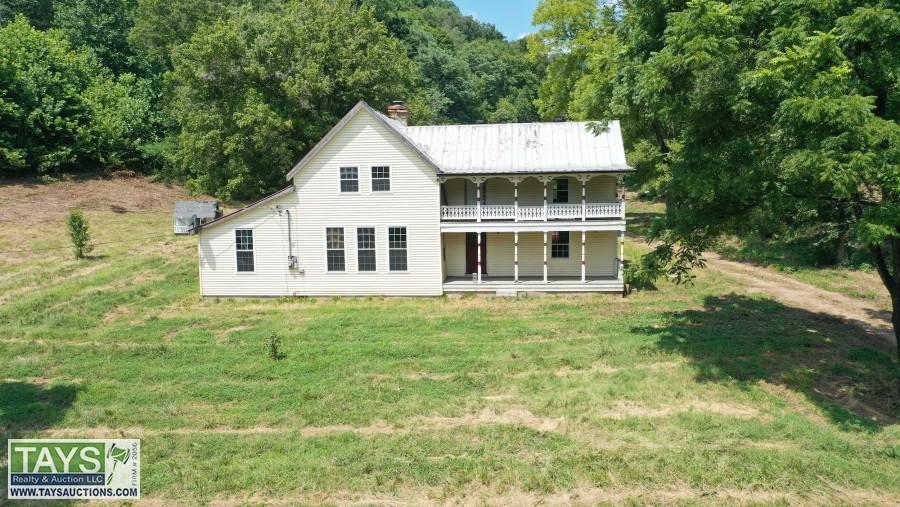 ONLINE BANKRUPTCY AUCTION: 9 ROOM HOME & BARN ON 91.04 Ac±
